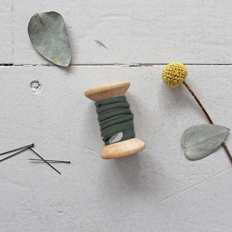 PIPING - Seed Cedar