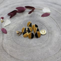 Wink Buttons Black - Ochre