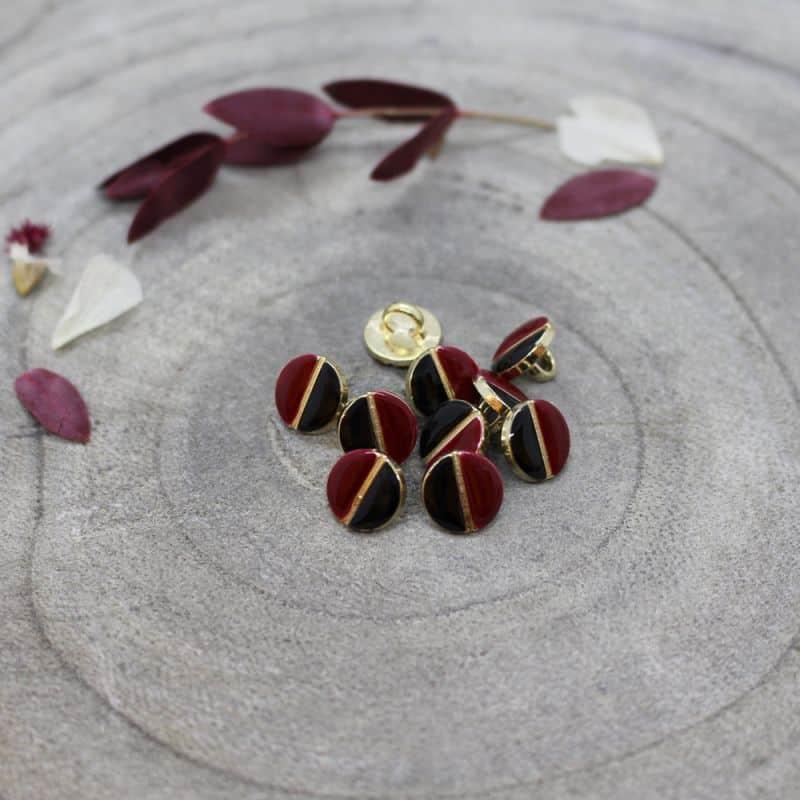 Wink Buttons Black - Amarante