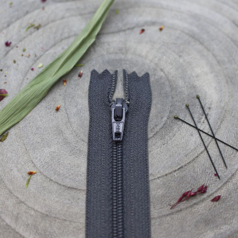 Atelier Brunette Charcoal Zipper